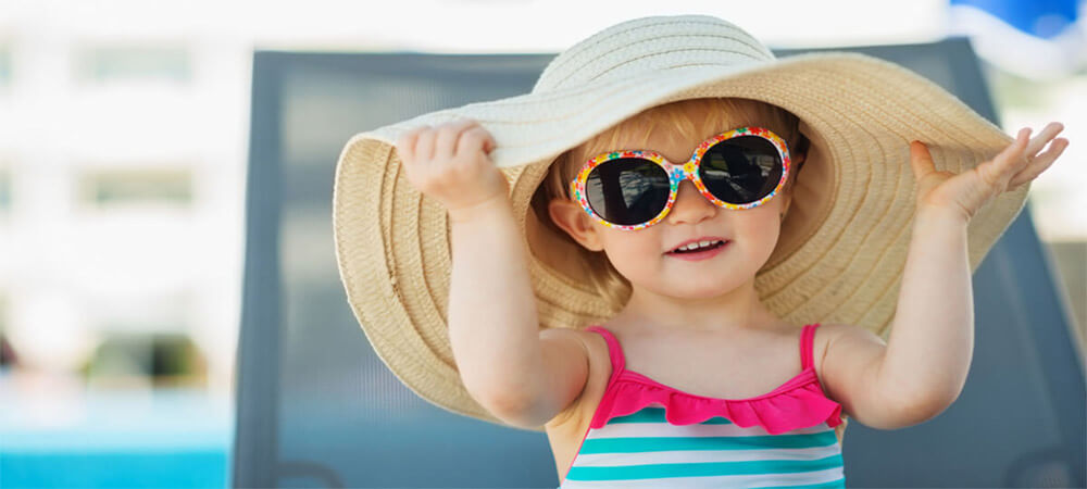 10 Best Baby Sunglasses of 2020 – Stylish and Safe For Babies