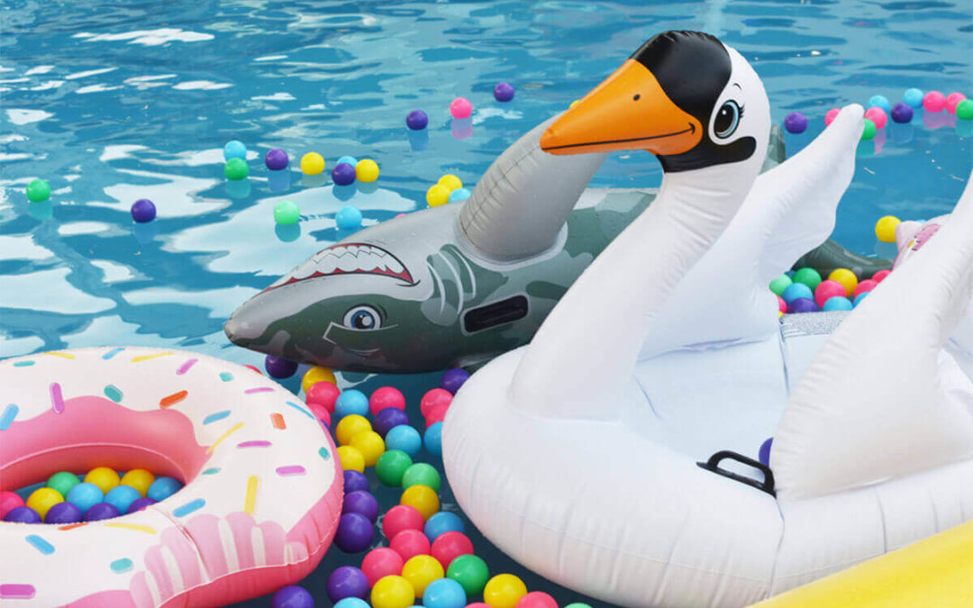 Best Pool Toys for Kids in 2019: Top 7 Picks & Buying Guide