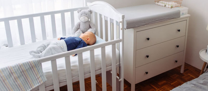 Best Mini Cribs of 2021 – Reviews & Complete Buying Guide