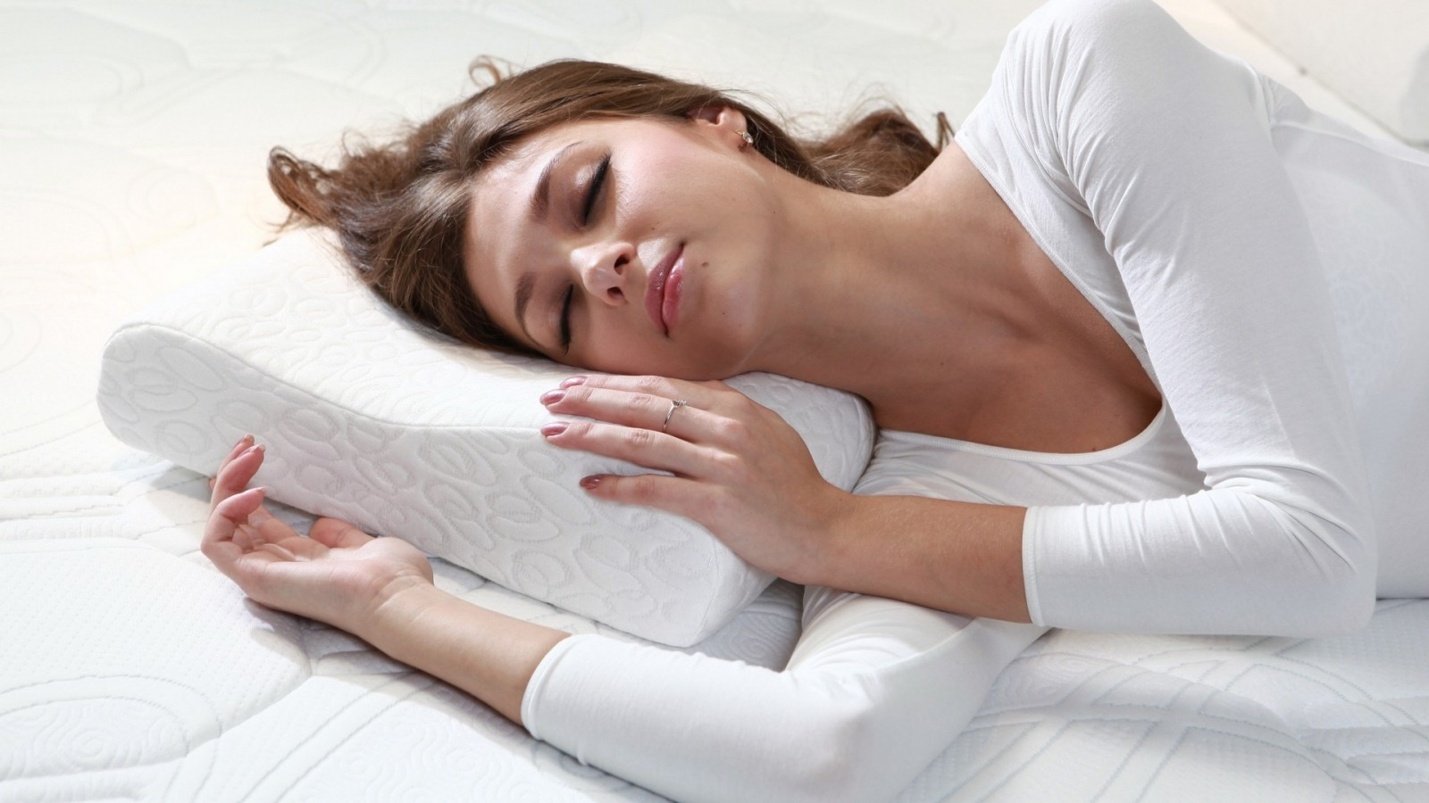 9 Best Pregnancy Pillows That Will Not Go Flat (2019 Reviews)