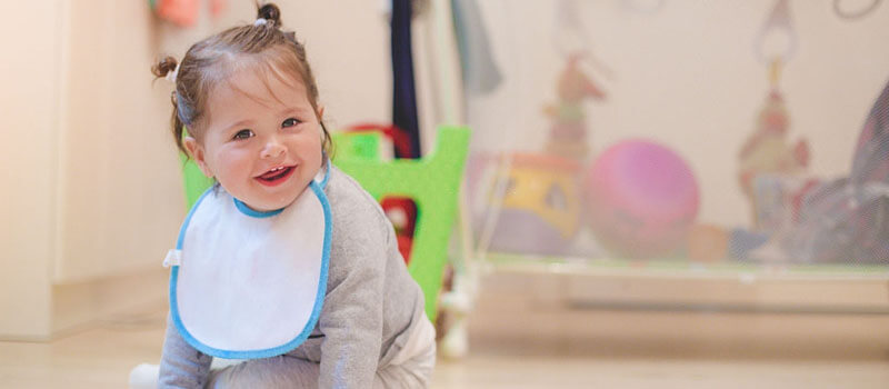 Best Baby Bibs of 2020 – Keep Your Baby Clean & Comfy