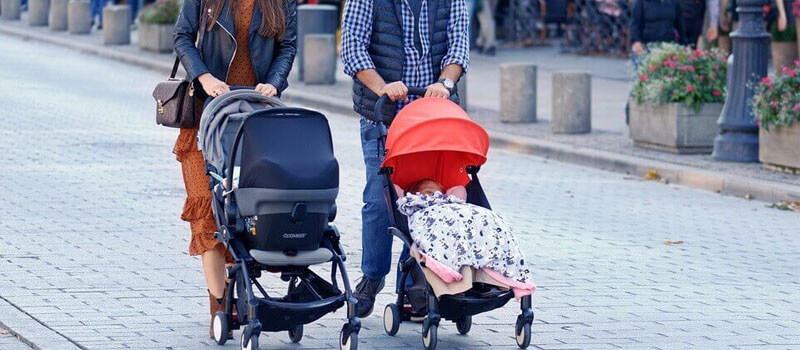 How to Choose the Right Sit and Stand Stroller and It's Benefits