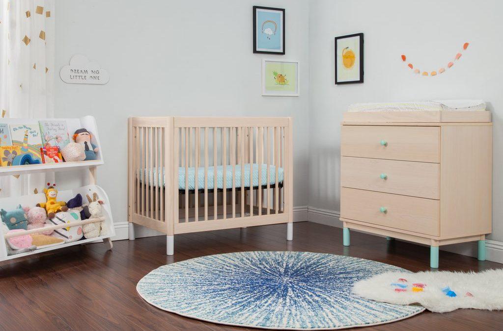 How To Choose The Right Mini Crib | Temper and Tantrum