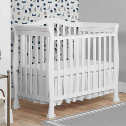 Dream On Me Addison Convertible Mini Crib